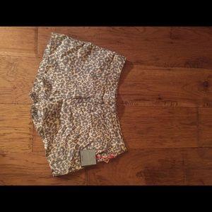 Cynthia Rowley linen leopard print shorts