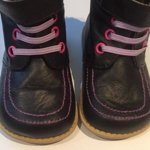 Other - Livie Lucca boots Size 5