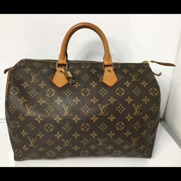 100%Auth Louis Vuitton Speedy 35 with Lock and Key 4d9834c265242