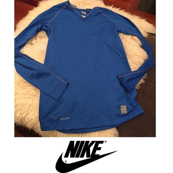 3de5c0c46f09 Nike Pro Long Sleeve Women s Athletic Shirt. M 5809a45abf6df5e94d0010a5
