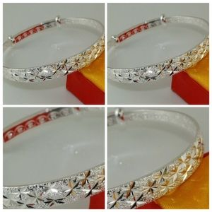Jewelry - Silver Plated Bangle Bracelet