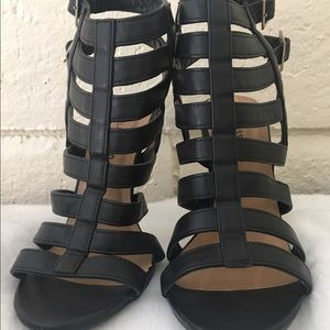 Classified Shoes - Sale🎉Black strap caged heels