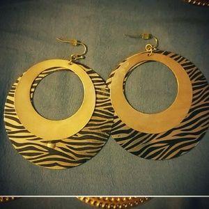 Jewelry   GOLD & BLACK OVAL DOUBLE HOOP EARRINGS