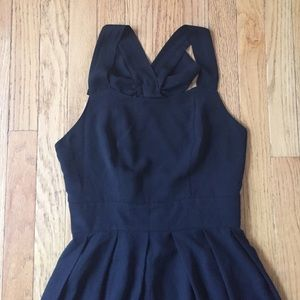 Monteau Dresses - Little black dress with Bow back