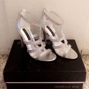 🔥 Silver Strappy Heels