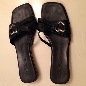 Brighton Shoes - Brighton flat black and silver sandals. Sz 9.5 EUC