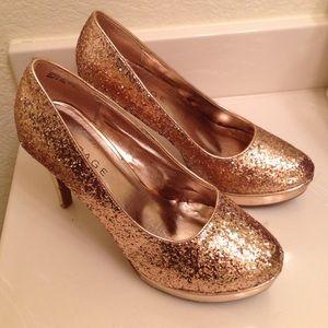 Shoes - Rose gold glitter high heels-hard to find color!