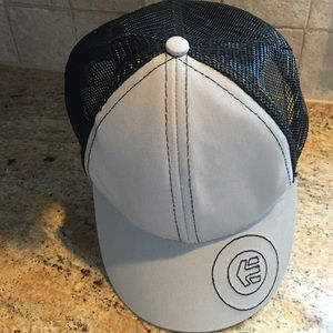 Etnies Other - Men's Etnies hat