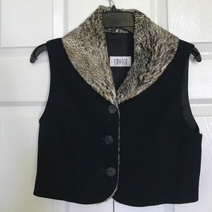 CHOISE Jackets & Blazers - Black fleece wool vest with leopard print collar