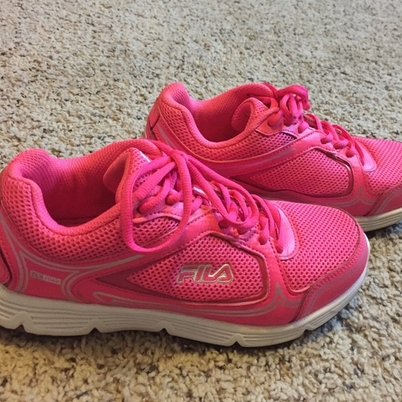 Fila Shoes | Neon Pink Tennis | Poshmark