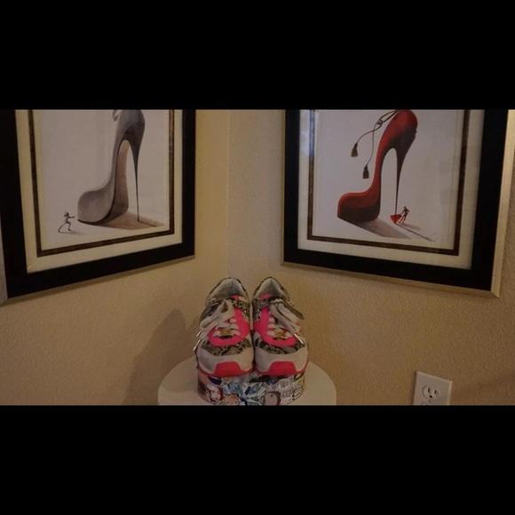 Michael Kors Shoes - Fabulous Michael Kors Tennis Shoes size 7M