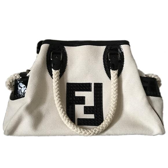 07e9bdae31d2 Fendi Handbags - Fendi Bag Du Jour