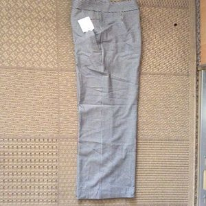 Wide leg, crop pants
