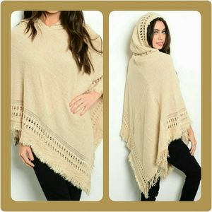Sweaters - 🎉2X HP🎉Adorable Asymmetrical Hooded Poncho