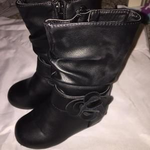 Other - Black flower boots size 6