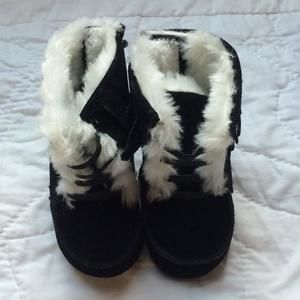 Other - Black leather winter boots
