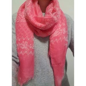 Evereve Accessories - Scarf from Evereve