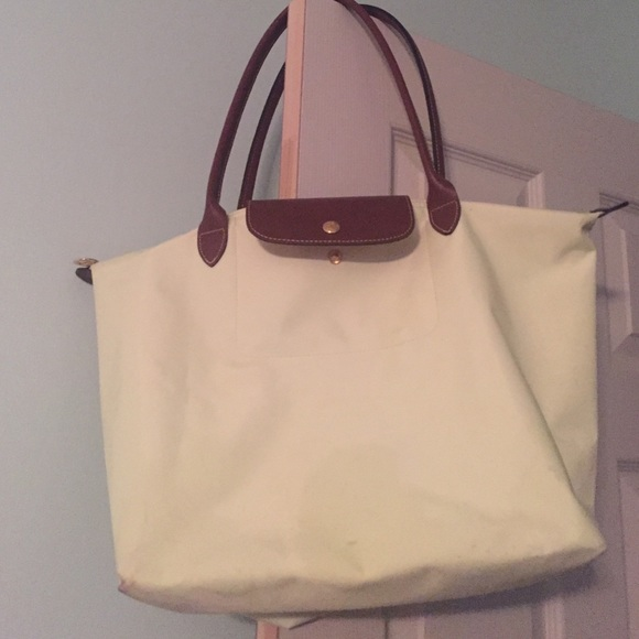 bb38076ec8ad Longchamp Handbags - Longchamp Le Pliage Large Nylon Tote