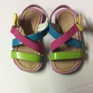 Other - Wonderkids 6T multi colored strait sandals