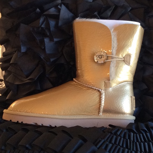 08969072d4b UGG Bailey Button Mirage Water Resistant Boot NWT NWT