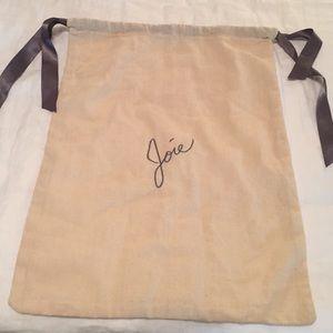 Joie Dust Bag