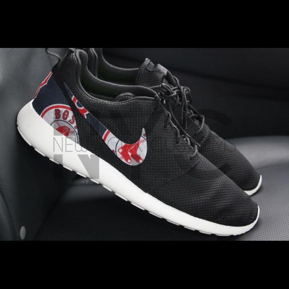 finest selection c1156 9445e Boston Red Sox Nike Roshe One Custom Men. M 580b0ea5b4188ee07b0362d9