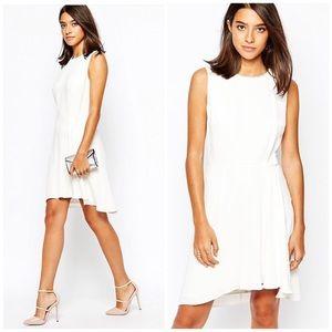 Reiss Dresses & Skirts - Reiss Rodia Dress w/ruffle skirt