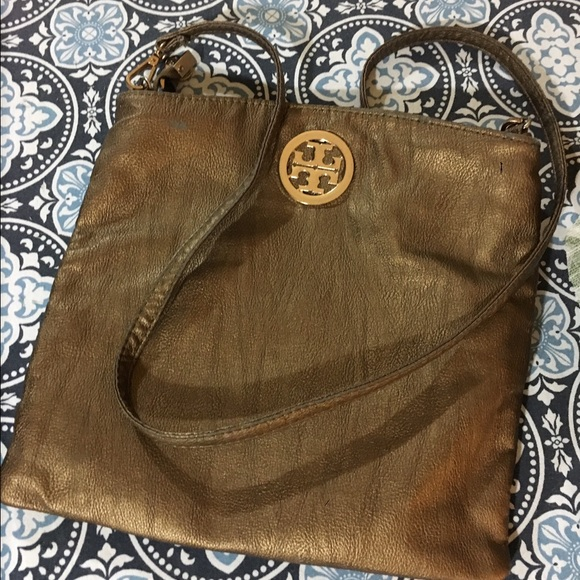 8bdc382d5cdd Bronze Tory Burch Crossbody Clutch Purse. M_580b4c066a583005dc03c941