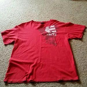 Etnies Other - Etnies size L short sleeve shirt