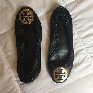 • Black Tory Burch Flats •