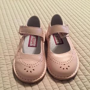 Other - L'Amour girls powder pink shoes