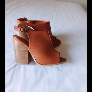 N.Y.L.A. Shoes - Real Leather!!! Chic Tan Slingback Chunky Heels