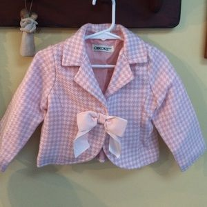Super cute pink houndstooth suit (sz 2T)