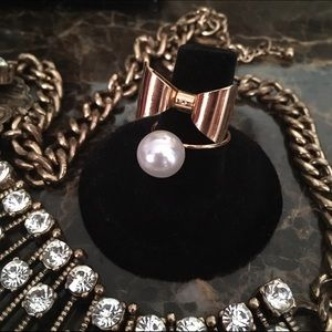 Jewelry - 🆓 Adjustable Bow Pearl Ring