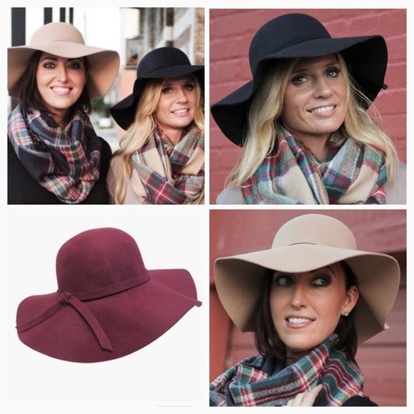 SALE🎁 Boho Floppy Hats in Two Colors! 🎄 23eedf4df45c