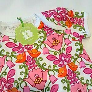 Vera Bradley Other - BABY ONESIE👣 Vera Bradley ruffle bodysuit onesie