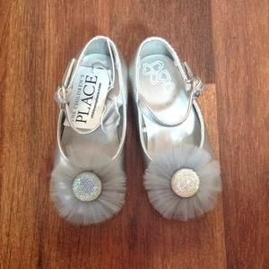 Other - Pretty Silver Shoes