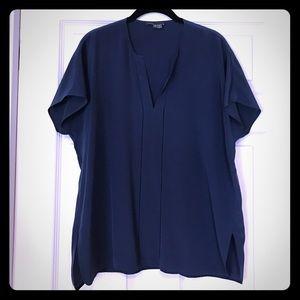 Vince Tops - Vince short sleeved navy silk shirt