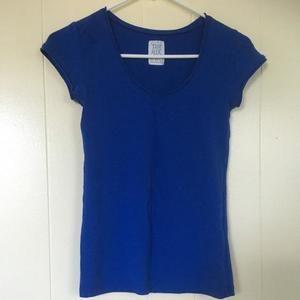 Zara Tee/ Tops medium size