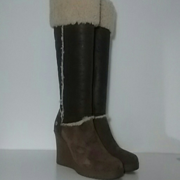 3897aa13c89 UGG Sandra Brown Tall Suede Wedge Boots Size 9