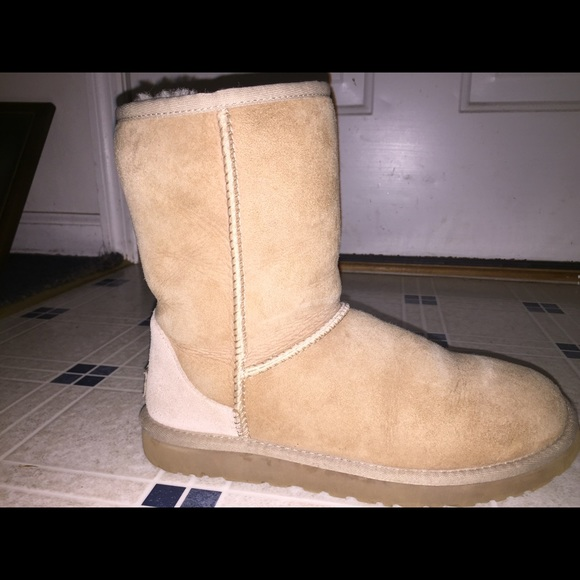 38 off ugg shoes sand colored classic short uggs from. Black Bedroom Furniture Sets. Home Design Ideas