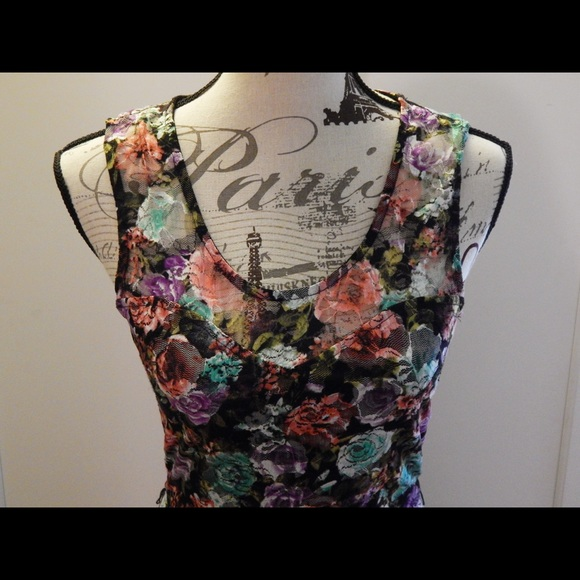 Wet Seal Dresses - Wet Seal Flirty Floral Lace Dress Sizes S and M