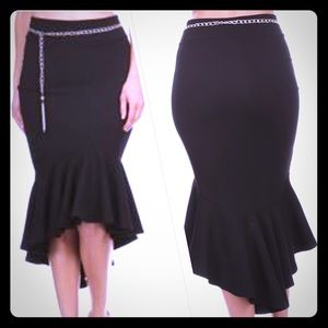 Miss & Missy Dresses & Skirts - 💋Sexy Black Mermaid Style Elegance Ruffle Skirt