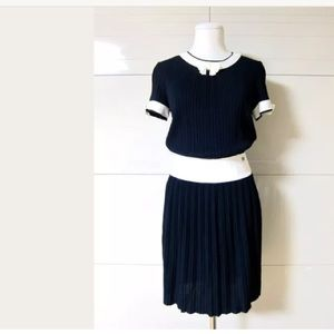 Chanel navy white pleated bow  dress 38