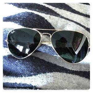 Ray-Ban Aviator Classic - gold frame