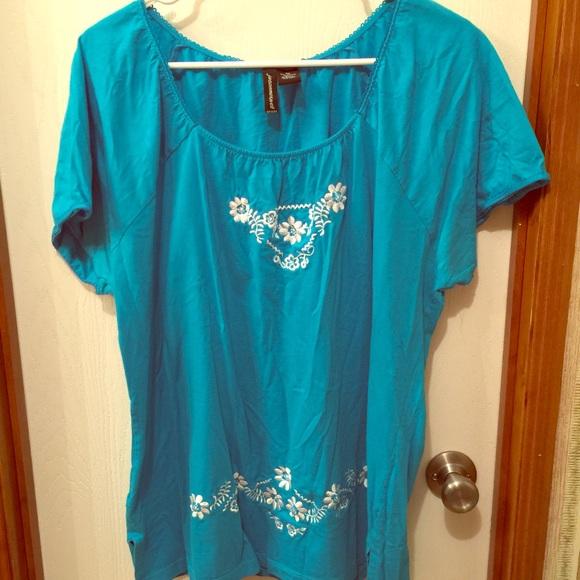 9128475bdcb581 jcpenney Tops | Plus Size 2x Blue Shirt Flower Design | Poshmark