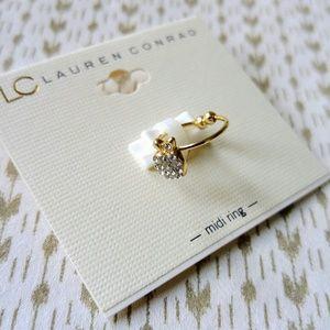 Lauren Conrad Jewelry - ⭐Adorable apple shaped crystal studded midi ring