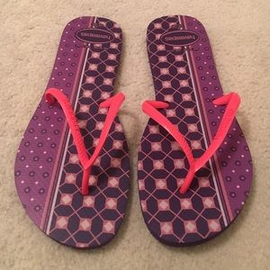 Havaianas Shoes - Nwot RARE Havaianas Flip Flops 9 / 10