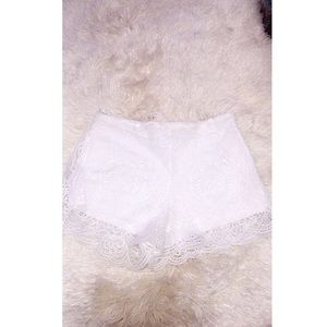 LF Pants - White Lace Shorts