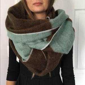 Simonetta Accessories - Warm Scarf